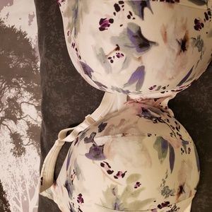 Cacique cream floral wired bra